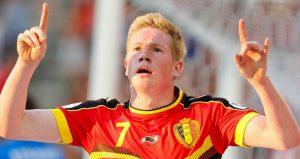 De Bruyne does the baby-faced version of Benteke's goal celebration