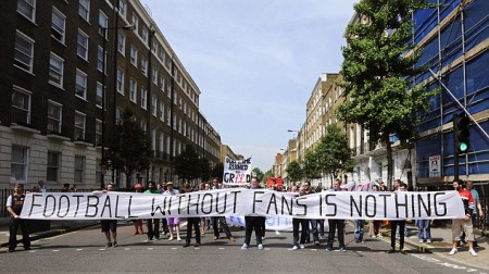 Football supporters protest over ticket prices