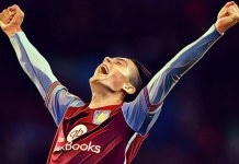 Jack Grealish celebrates Aston Villa goal