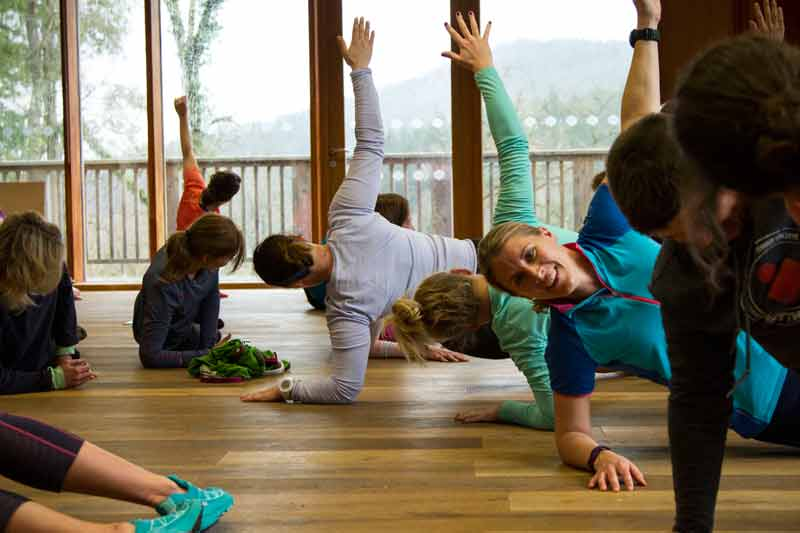 Anna Yoga 3 1GB