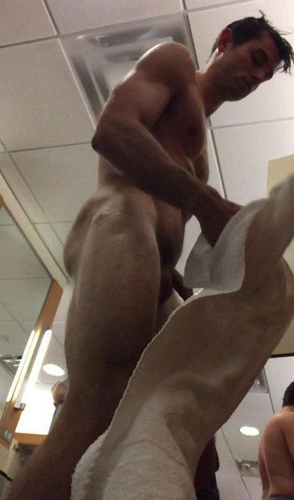 spy -cam-nude-guy-lockerroom dick