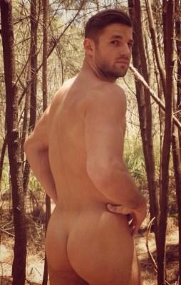Luke Casey Naked butt