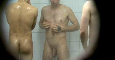 Spy Cam_Footballers caught showering