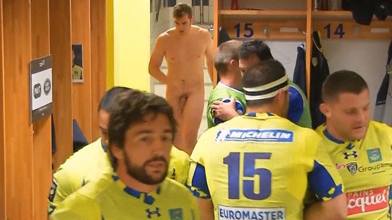 rugger-naked-in-lockerroom
