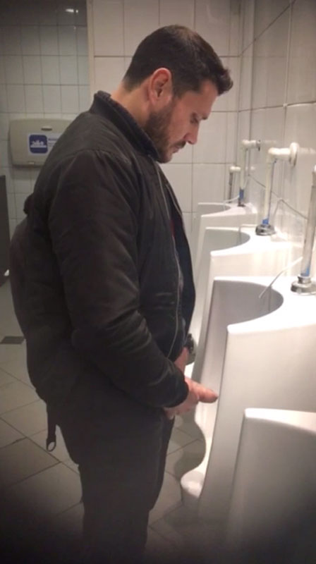 masculine-stud-caught-pissing-in-urinals