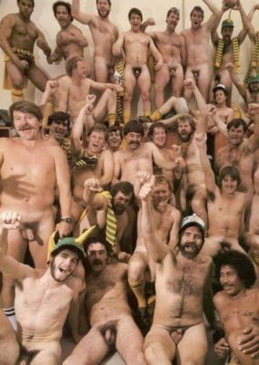 vintage-rugby-team-naked-ruggers-dick-exposed-all-team