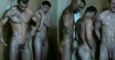 hunks-horsing-around-in-the-showers