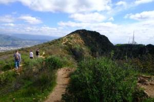 wonder view trailhead Hollywood sign