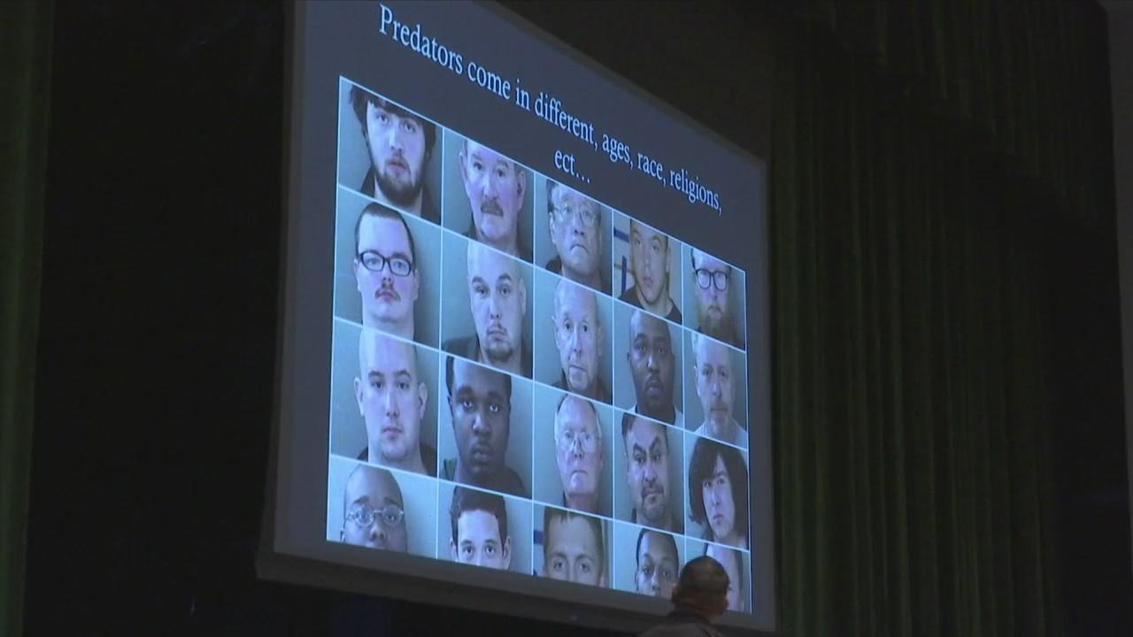 "Second ""Parents Against Predators"" Workshop Teaches Dangers of Social Media"