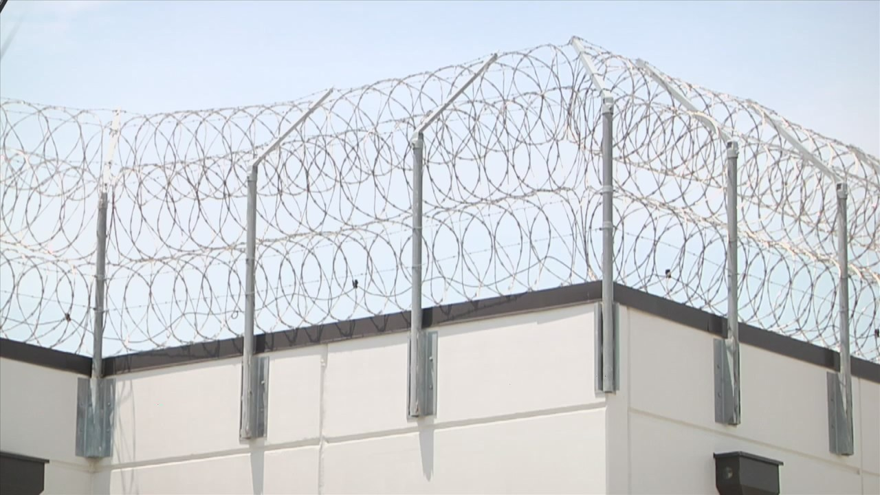 3 guards injured after commotion at Apalachee Correctional