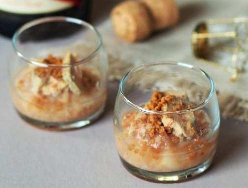 Verrines de foie gras compotée de poire