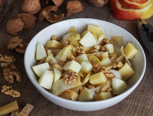Salade endives pomme et fromage Comté