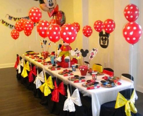 Feste a tema Topolino e minnie per bambini e infanti