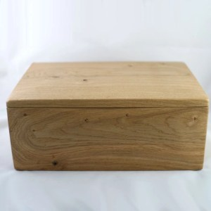 Large Wood Pet Urn - The Pullabrook