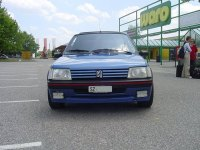 myPEUGEOT.ch > Bildergalerie > 205 > 205 GTI von Lorenzo