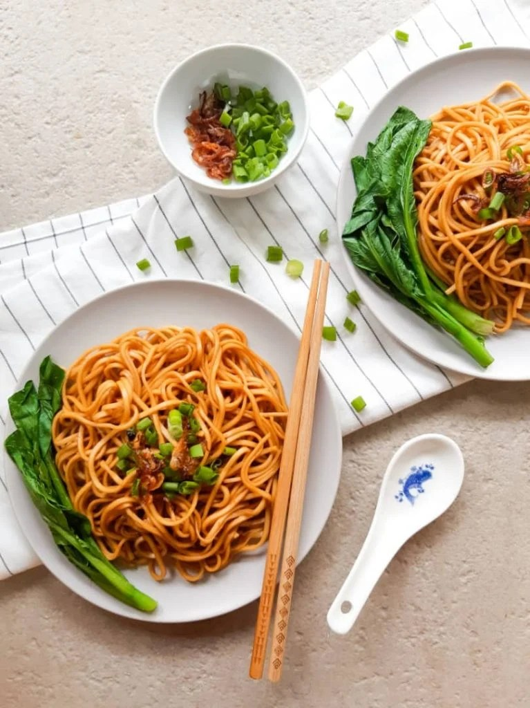 Vegan wonton noodles on plate