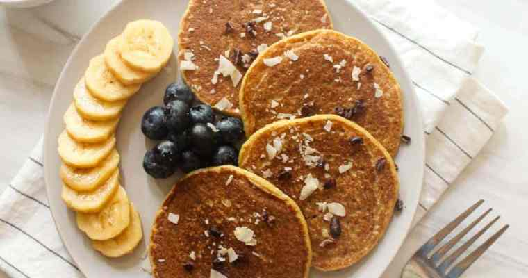 Vegan Banana Protein Pancakes ( without protein powder ! )