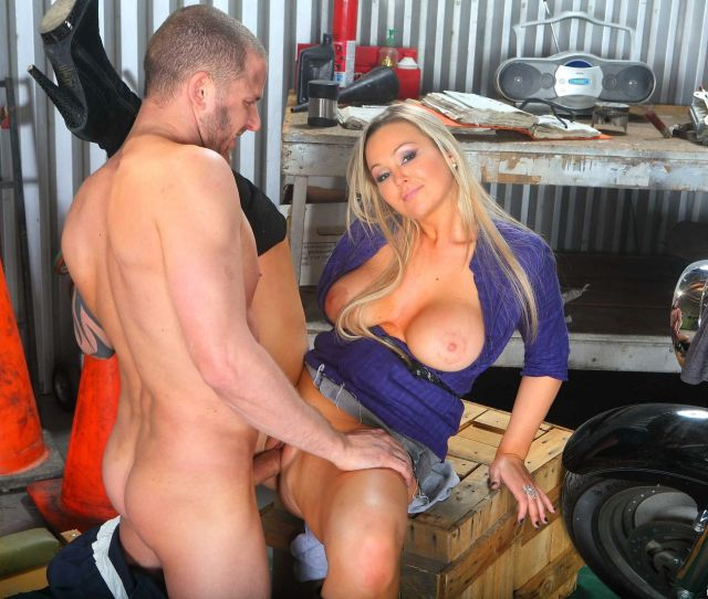 Nasty Blonde Abbey Brooks Fucking The Mechanic