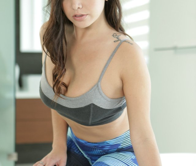 Sporty Girl Karlee Grey Stripping And Posing Naked In The Bathroom