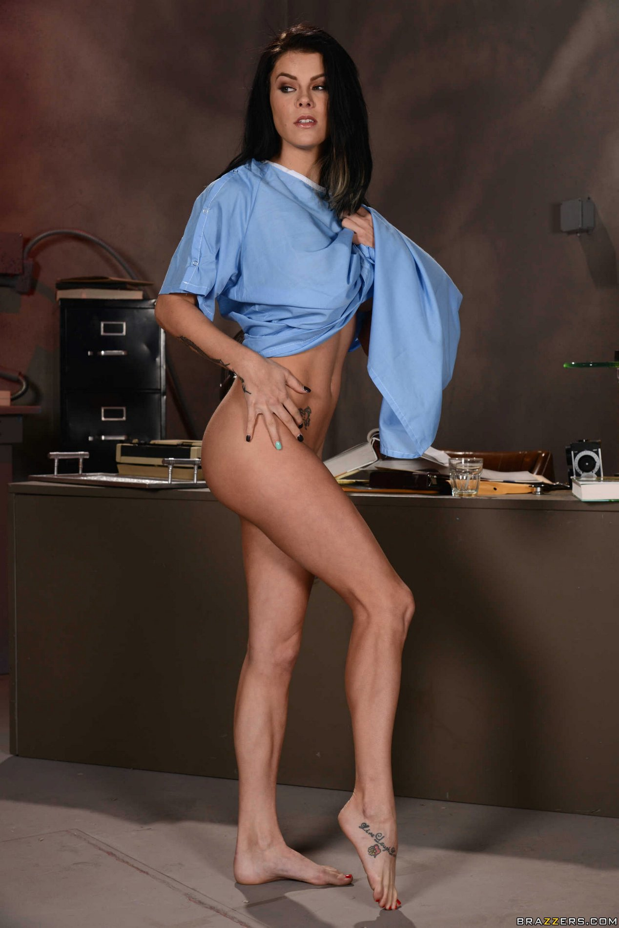 Peta Jensen shows off her amazing naked body in the office