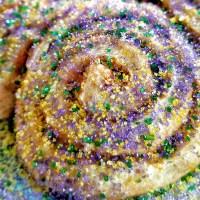 Mardi Gras Cinnamon Rolls
