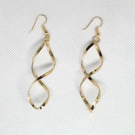 goldtone twisted bar earrings