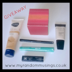 #Giveaway – Avon Make-Up Bundle