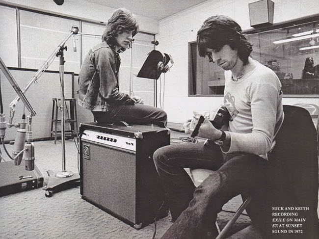 Keith Richards with the Ampeg VT 22 Amp