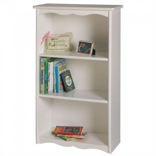 Keep books in their place with a beautifully crafted bookcase. Create a reading nook with a comfy chair and all their favorite read-aloud books. Little Colorado Traditional Child's 40 in. Bookcase