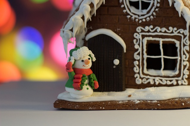 Create a Memory with a Gingerbread House