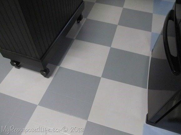 how i painted my vinyl floor my
