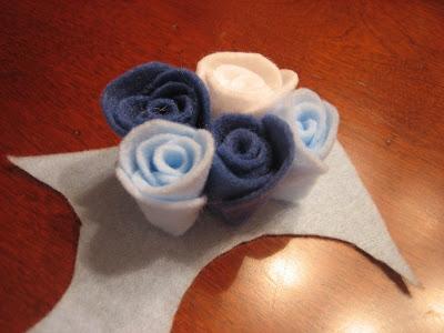 pretty rosette felt pins