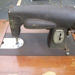 How to remove a vintage sewing machine