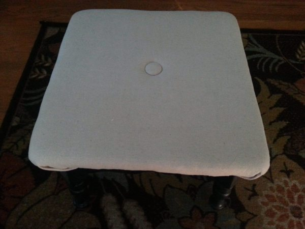 button-tufted-footstool
