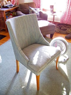 Upholster a thrift chair