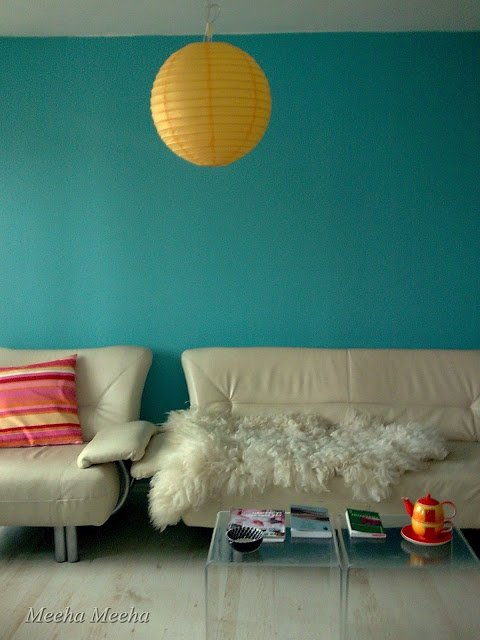 Pretty Turquoise Accent Wall
