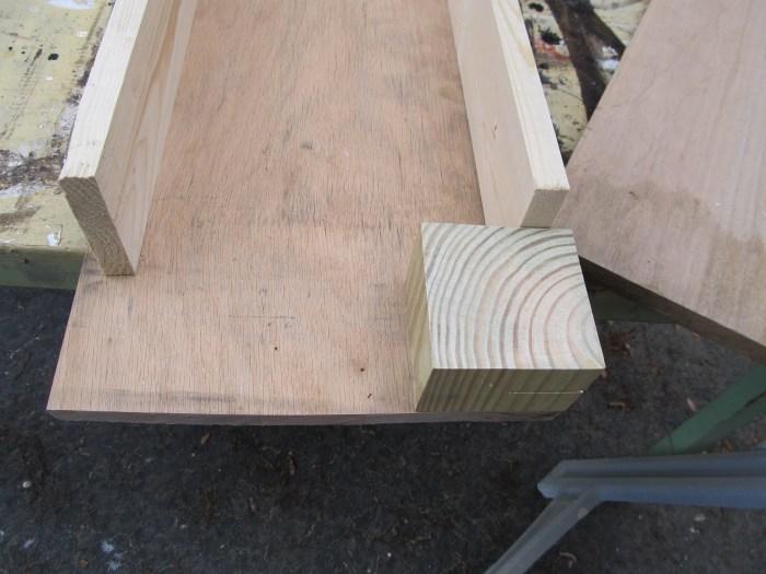 designing a corner table corner bench