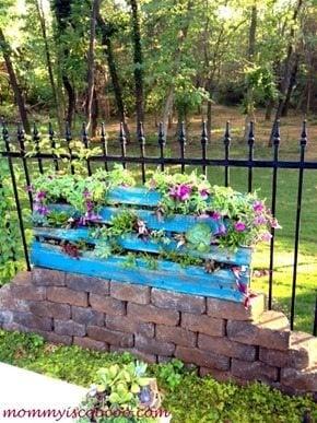 pallet flowerbed