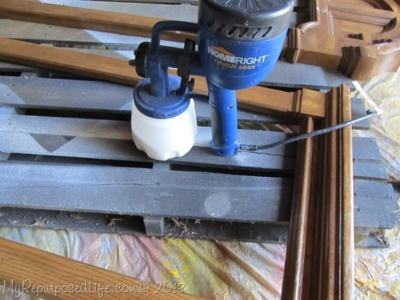 painting plastic with HomeRight and DIY chalky paint