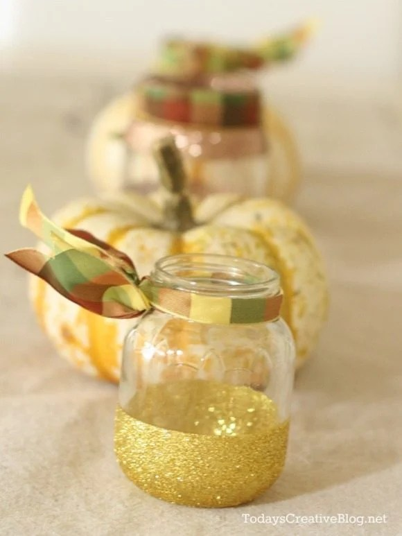How to make Glittered Jars