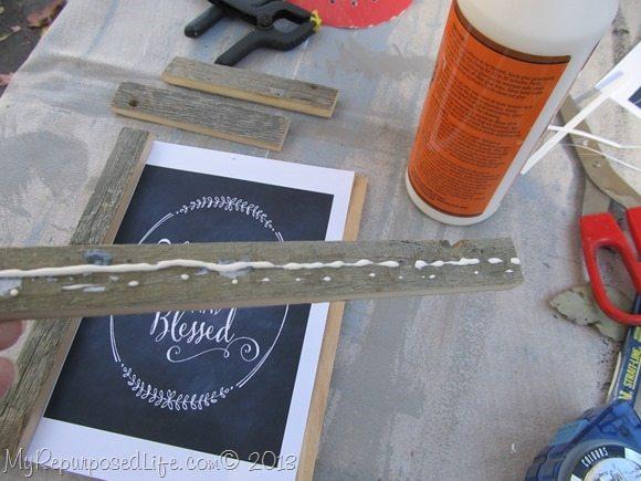dab on wood glue