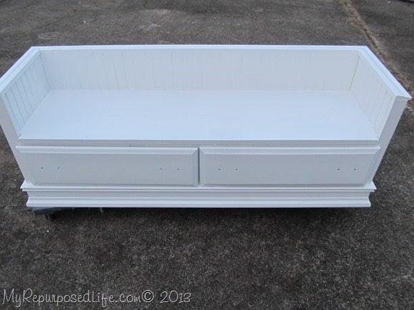 dresser-repurposed-bench