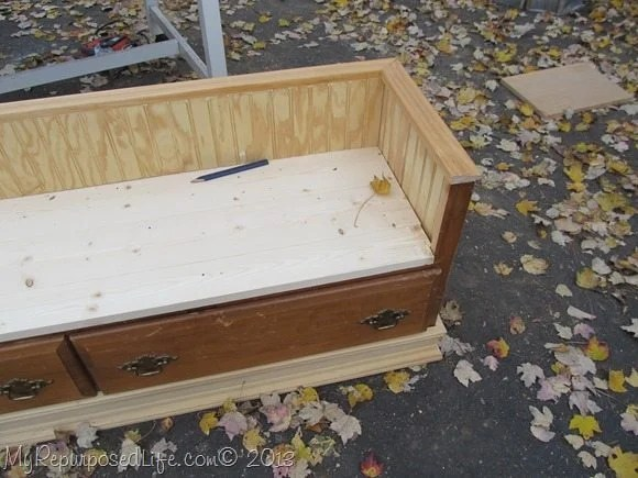 kid's bench made from a dresser