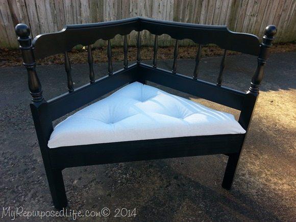 button-tufted-corner-headboard-bench