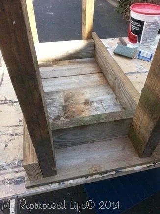 picket-fence-bench