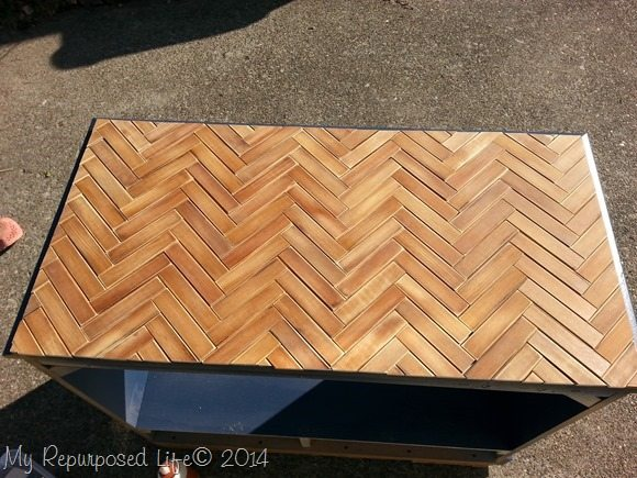 wooden-chevron-table-top