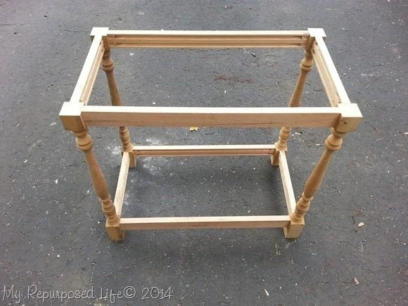 diy-spindle-table-base