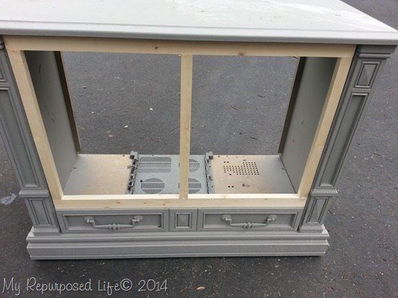 repurposed-tv-cabinet-kitty-potty