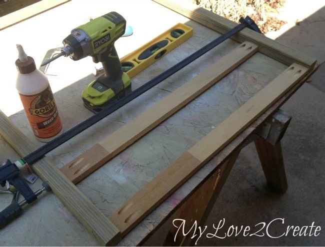 Attaching front boards to table legs with pocket hole screws