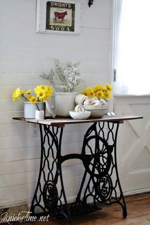 antique-sewing-machine-table